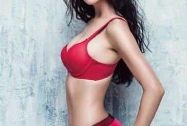 Chết sững vì vẻ đẹp nóng đến từng centimet của Clara Lee