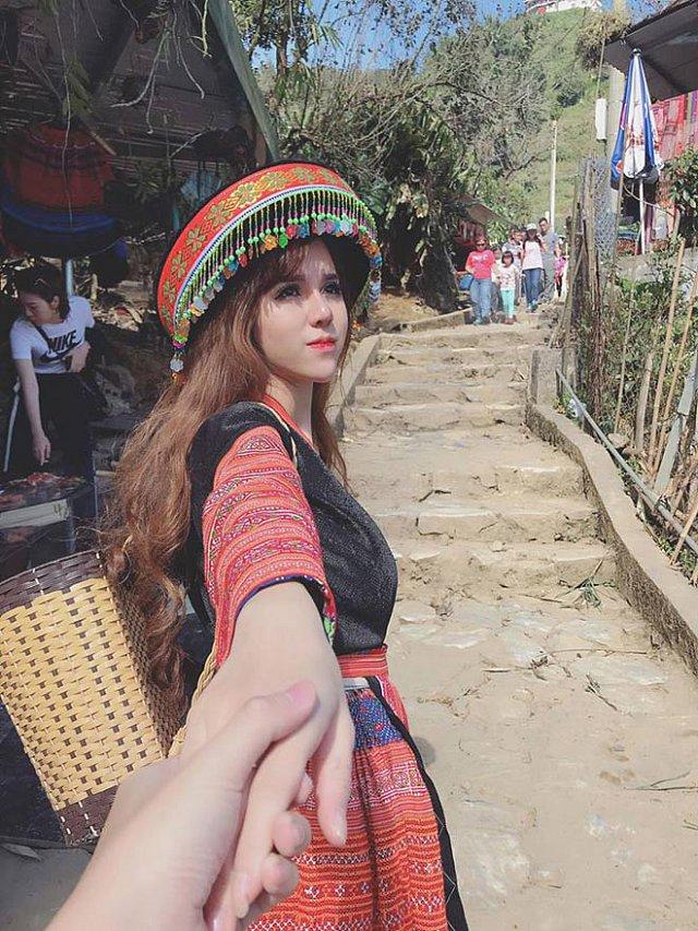 ngo-ngang-ve-dep-lai-cua-nang-hot-girl-my-linh (4)