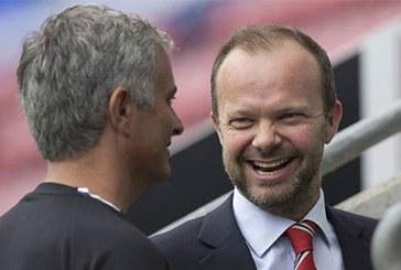 Mourinho vẫn được BLĐ M.U đặt trọn niềm tin