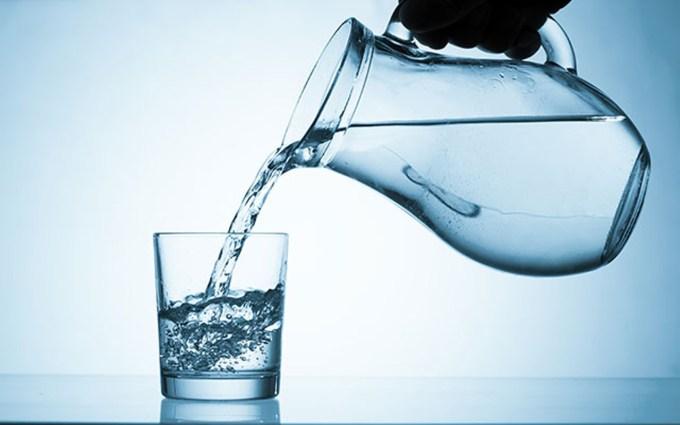 saat başı bir bardak su