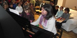 Masha Sharova piano