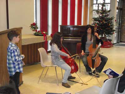 Elève en violoncelle et son professeur en viole de gambe