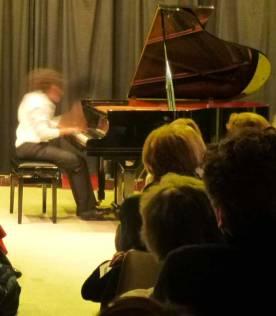 Le deuxième Scherzo de Chopin interprété par Zach