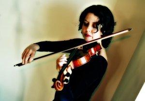 Masha Lankovsky violon