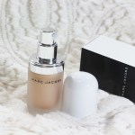 Marc-Jacobs-Beauty-Dew-Drops-Coconut-Gel-Highlighter-review
