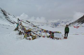 Christina at Thoroung La Pass