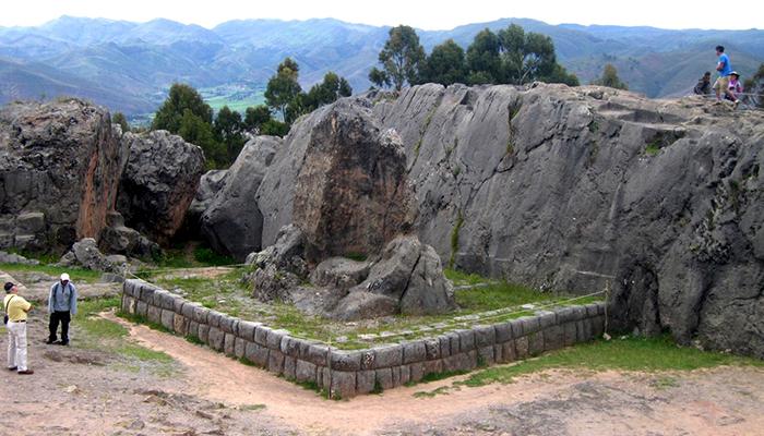 Siga na Viagem - Roteiro de uma semana no Peru - Qenqo - Crédito site perutraveltips.org