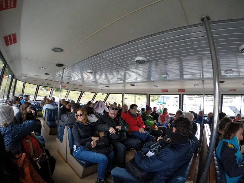Siga na Viagem - Minitrekking sobre o Glaciar Perito Moreno - Área interna da embarcação