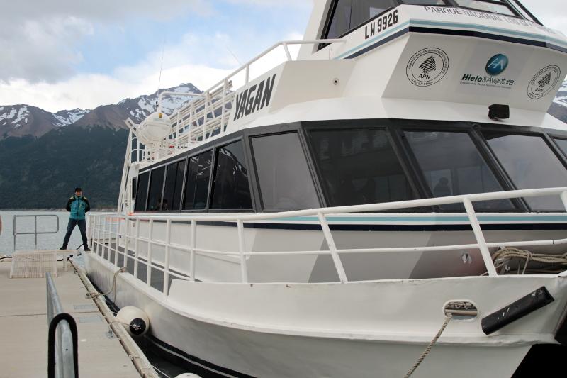 Siga na Viagem - Minitrekking sobre o Glaciar Perito Moreno - Embarcação em Puerto Bajo de las Sombras