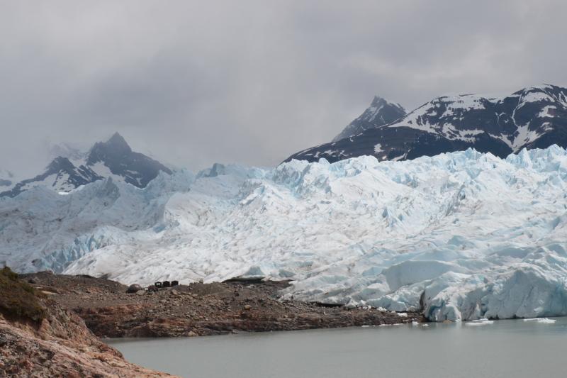 Siga na Viagem - Minitrekking sobre o Glaciar Perito Moreno - Vista do refúgio na base do glaciar
