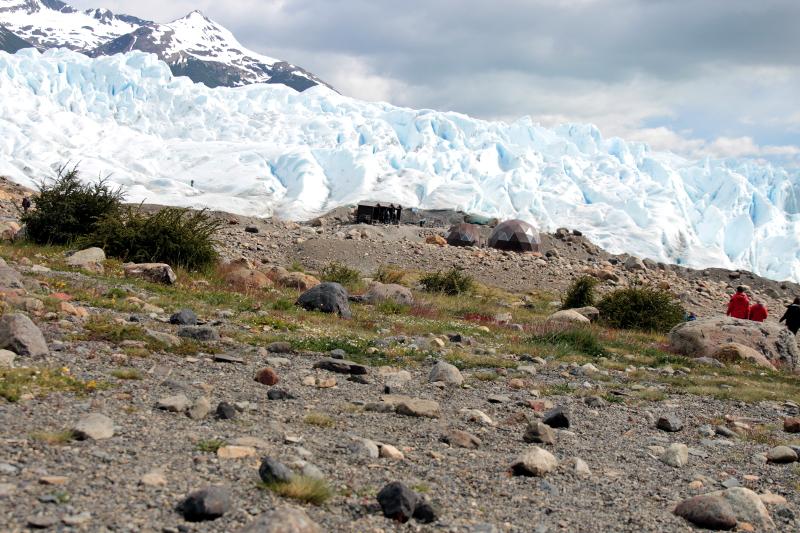 Siga na Viagem - Minitrekking sobre o Glaciar Perito Moreno - Vista do refugio na base do glaciar
