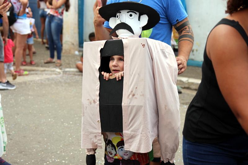 Siga na Viagem - I Encontro dos Bonecos Gigantes - Criança fantasiada