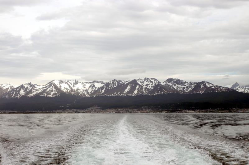 Siga na Viagem - Passeio pelo Canal de Beagle em Ushuaia - Vista da cidade de Ushuaia.