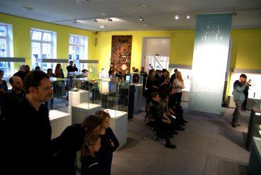 performance hetjens museum – 12