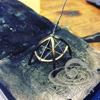Ring mit Blautopas aus 18ctgold. Schmuck aus Handarbeit von siggnaturjewellery, düsseldorf madeingermany.