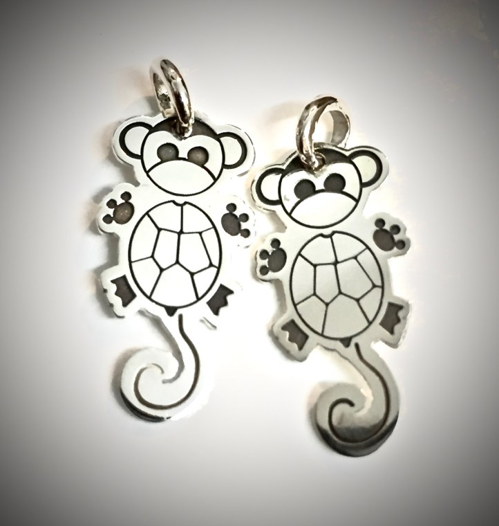 Eine kleine Schildkrötenäffchen Familie