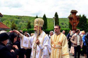 Arhiepiscopul de Alba-Iulia  la Sighişoara. (Copy)