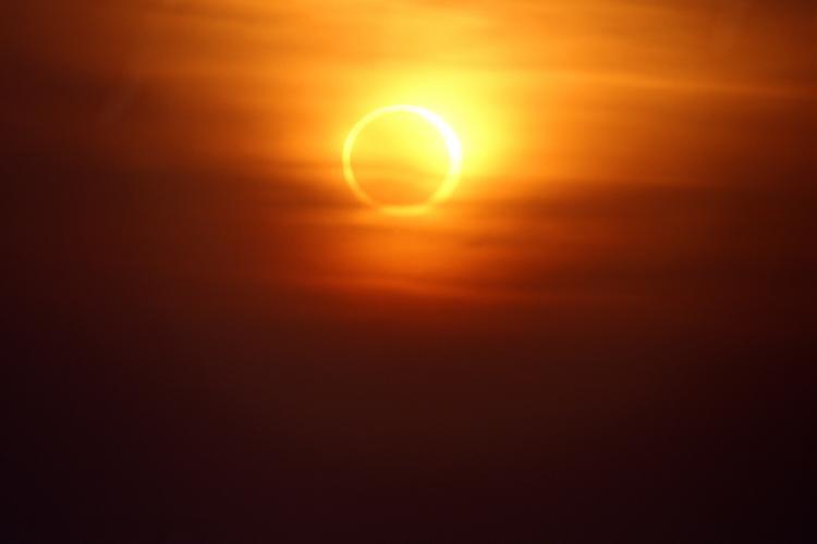 solar-eclipse-annular