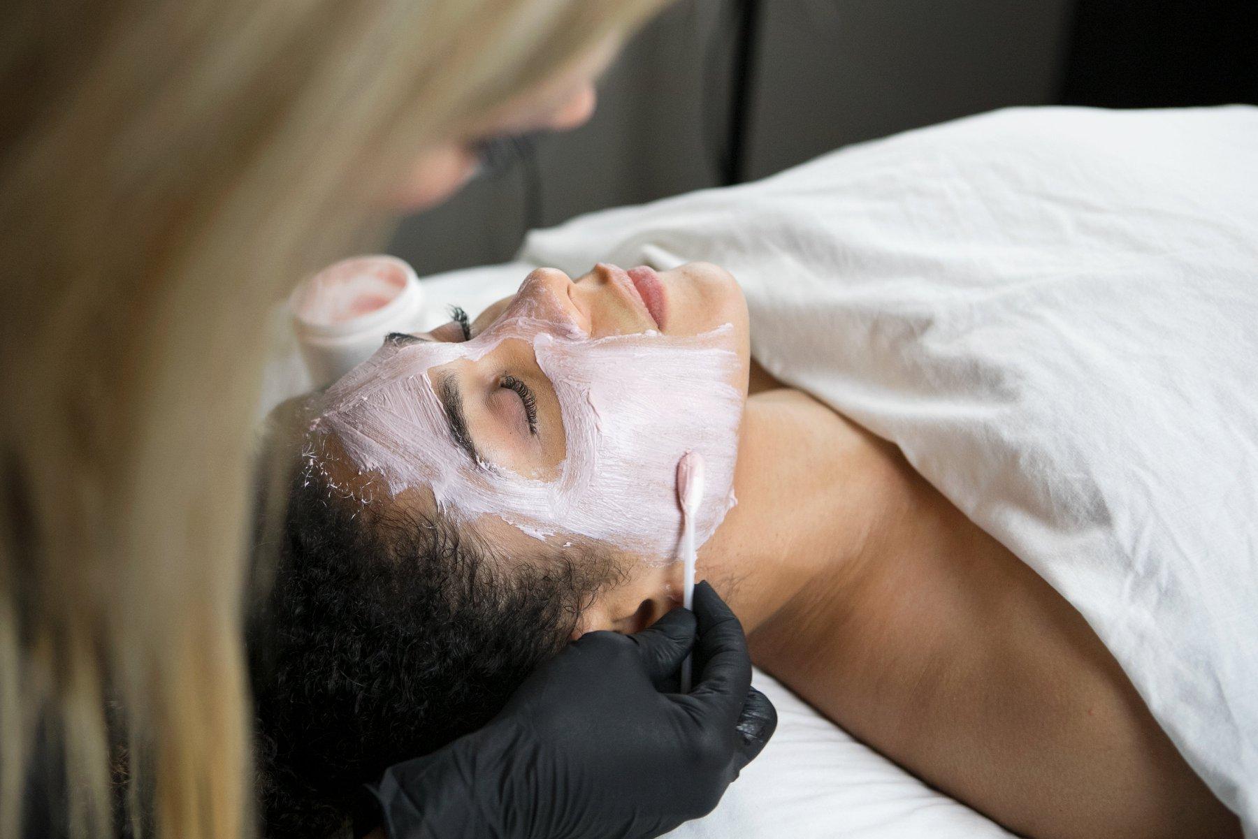 acacia spa springfield missouri woman facial