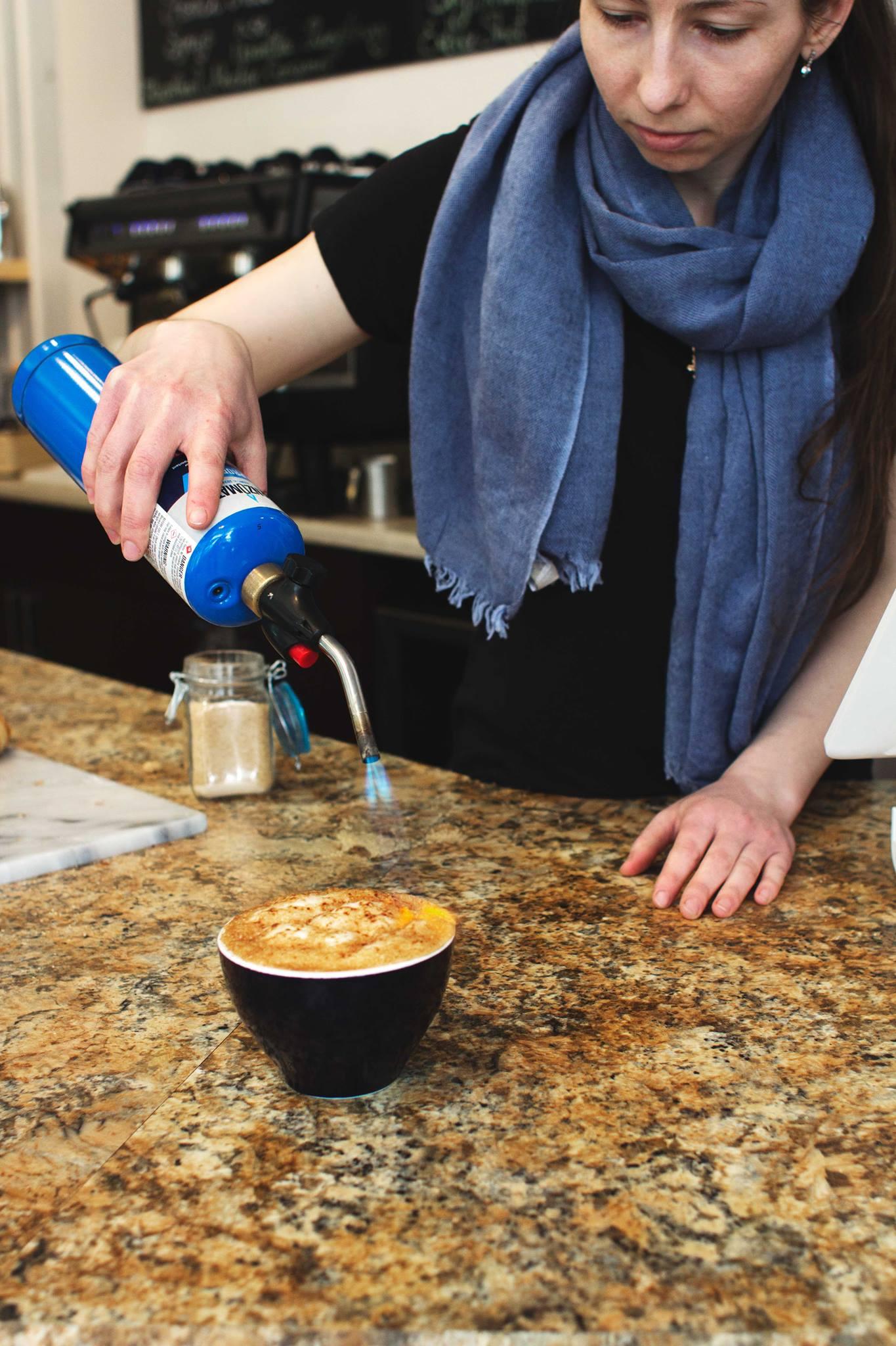 lattee creme brulee