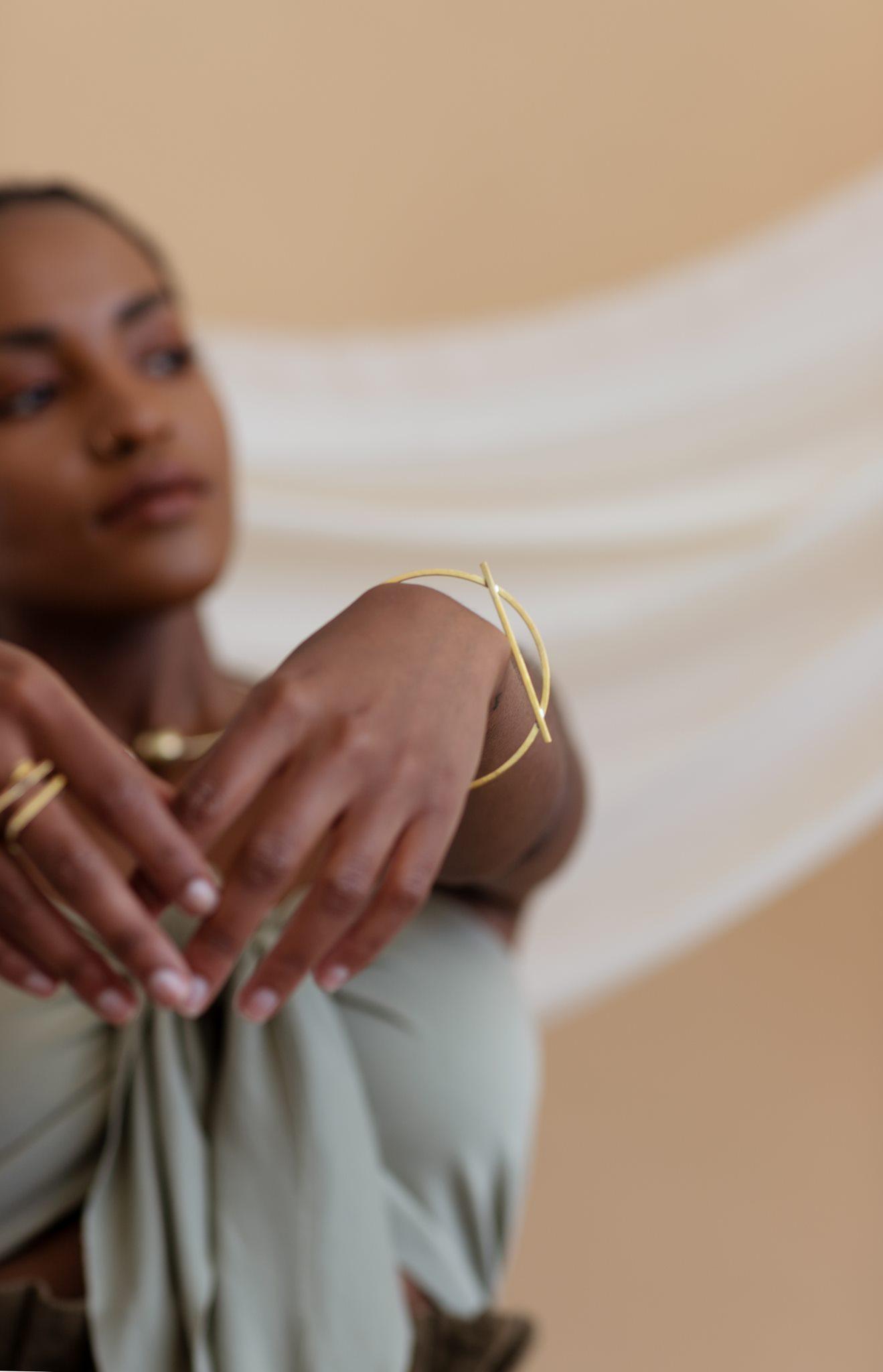 minimal bronze bracelet sustainable artisan jewelry nepal portland maine fair-wage modern jewelry mulxiply