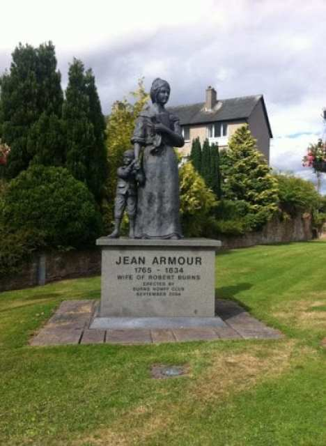 Statue of Jean Armour, Dumfries