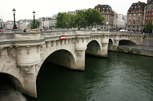 8 Must See European Bridges
