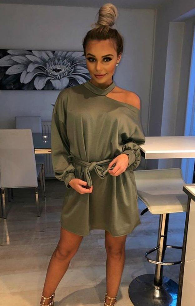https://femmeluxebloggers.co.uk/collections/blogger-picks/products/khaki-cold-shoulder-cut-out-jersey-dress-laura