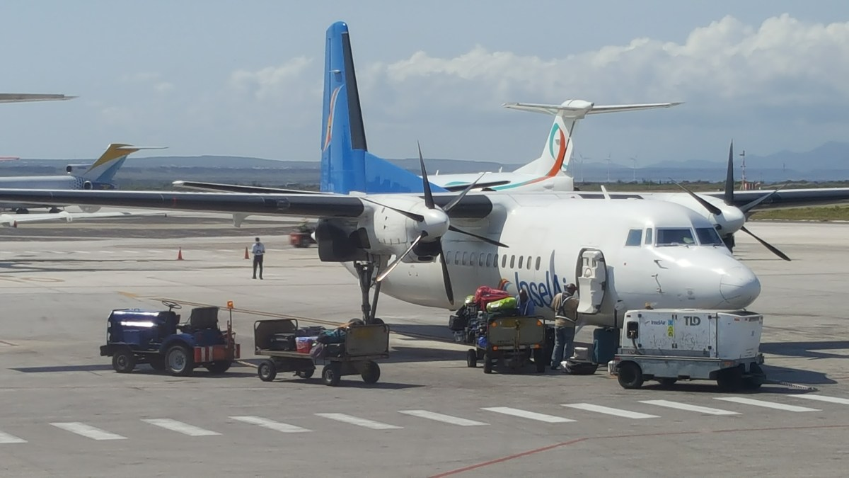 inselair to resume flights between curacao and suriname