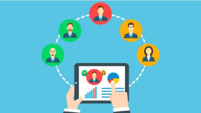 Humanizing Performance Review by Leveraging Technology