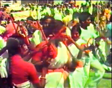 Andhra Pradesh Vyavasaya Coolila Sangham activists dance at Harsud Rally