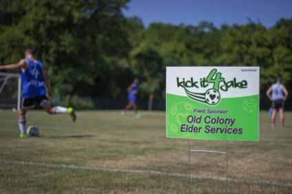 lawn-yard-golf-political-signs-0818-c