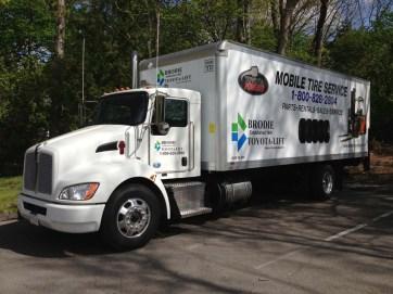 truck-graphics-0818-b