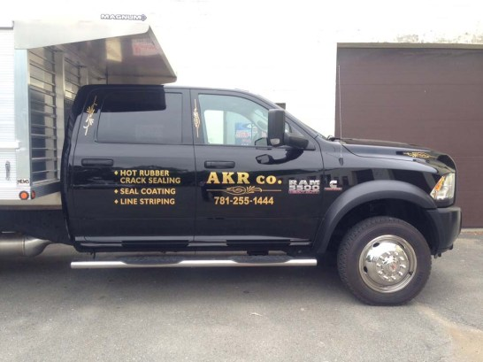 truck-graphics-0818-m