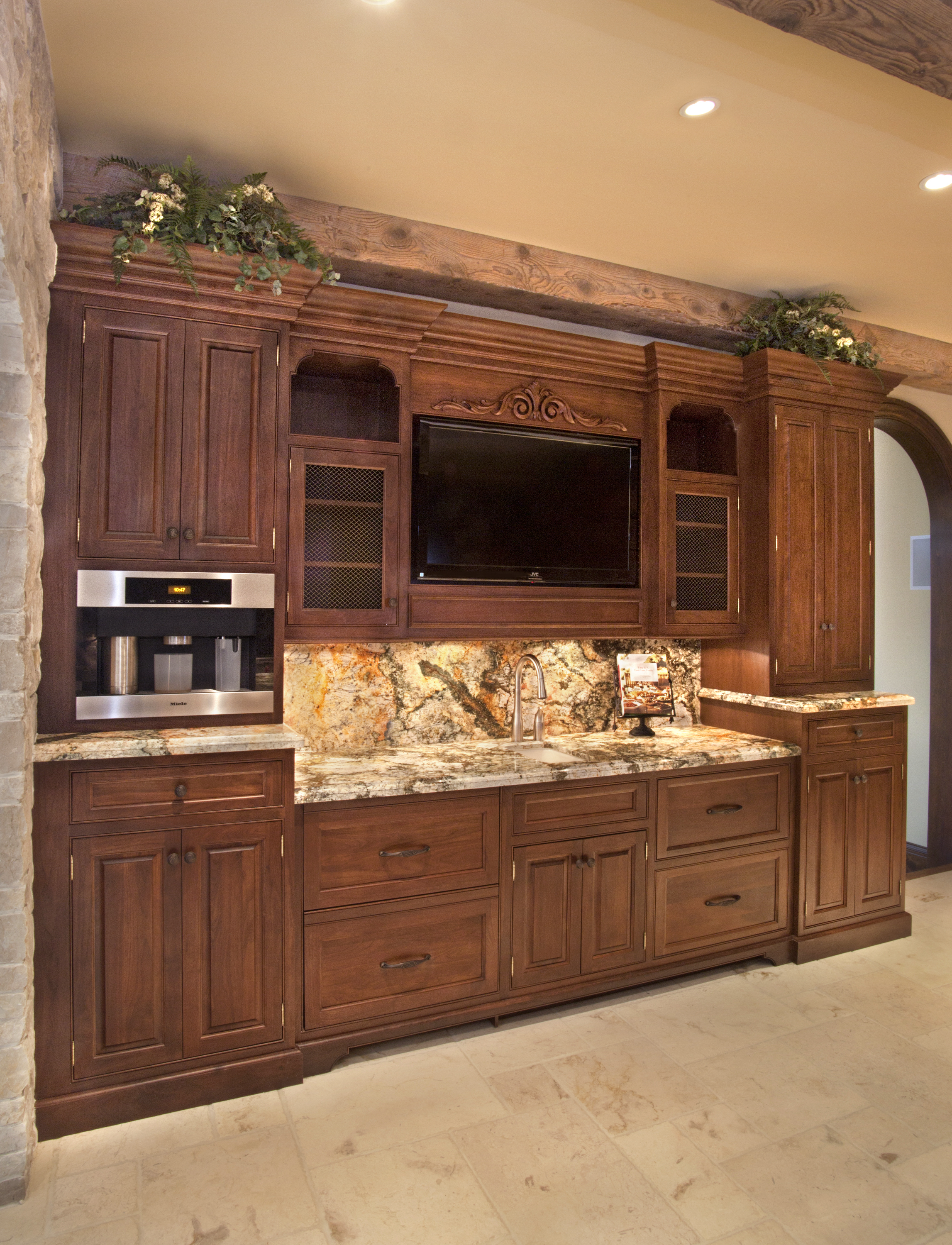 Custom kitchen cabinets kitchen remodeling kitchen for Custom cabinets