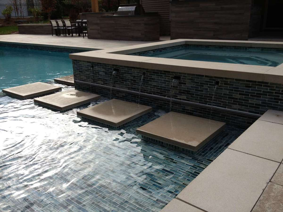 Grand Rapids Township Pool Spa Outdoor Kitchen And