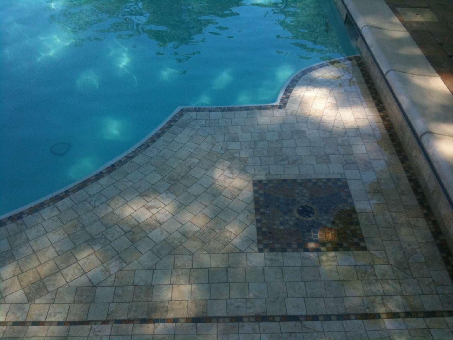 tiled pool ledge