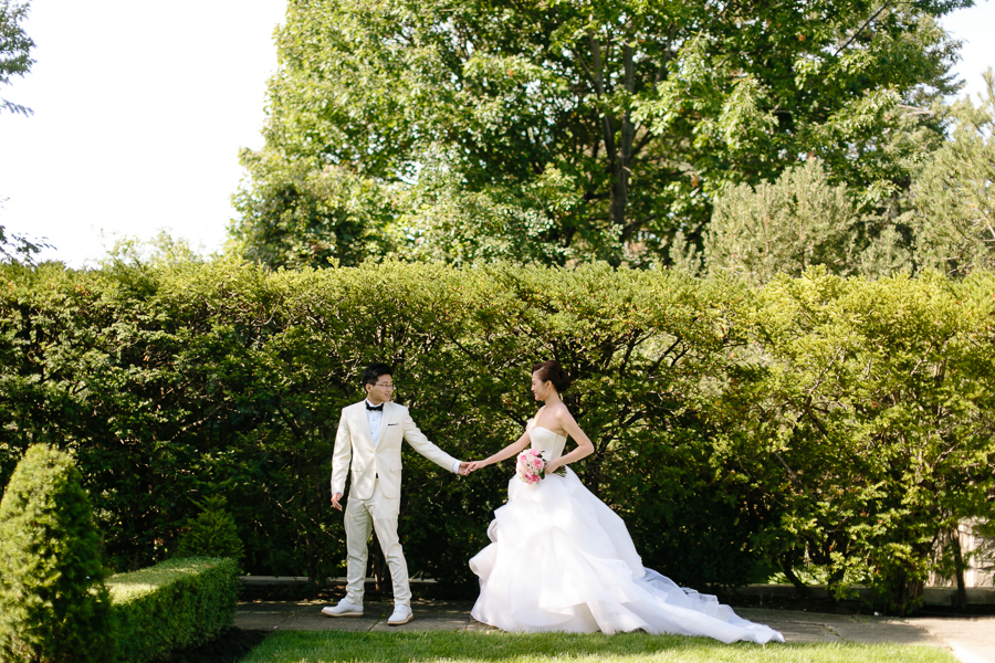 Lovely Toronto Garden Wedding