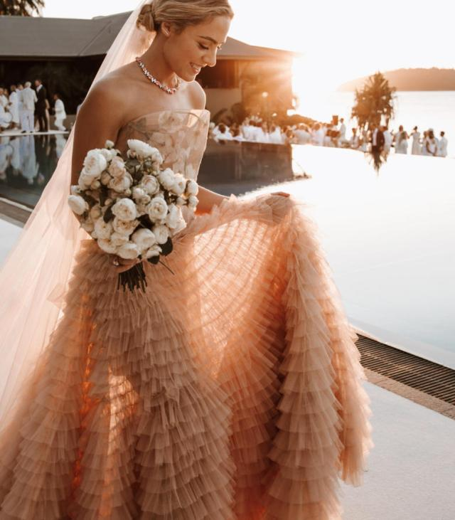 Deborah Symond Wedding at Qualia Resort is nothing short of perfection