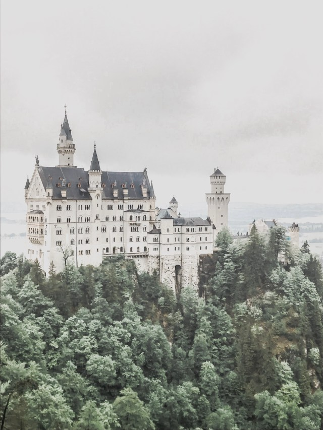 Neuschwanstein Castle Excursion Guide; neuschwanstein; fairytale castle germany, disney castle germany, disney castle germany travel guide; fairytale castle germany travel guide, germany travel guide