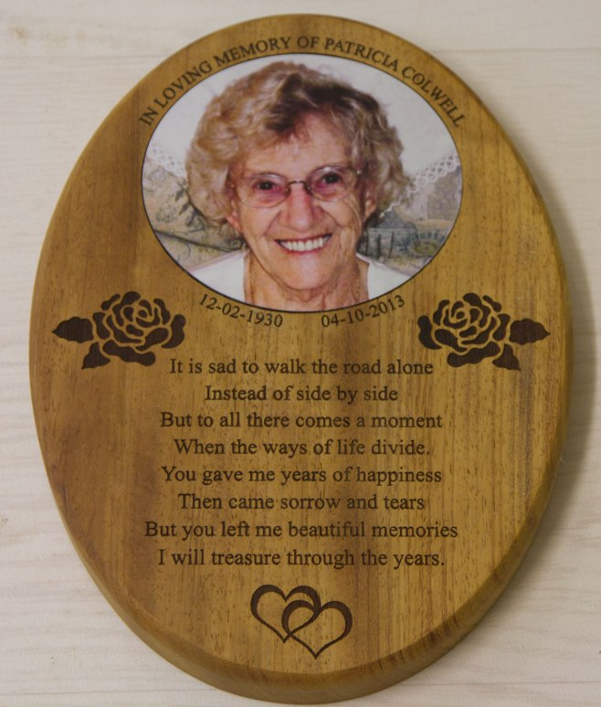 Wooden plaque with colour insert