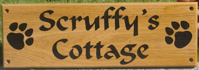 Wooden Kennel Sign