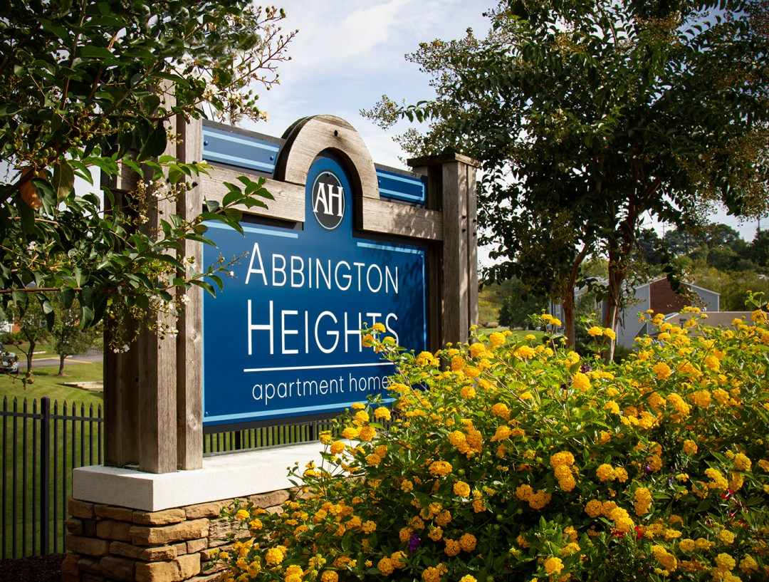 Abbington Heights_Monument