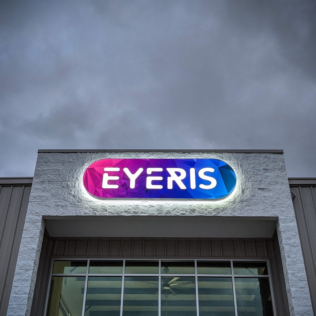 Eyeris - Halo Lit Sign