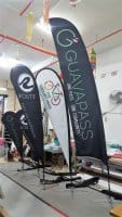 Different sizes of teardrop banner and feather flags