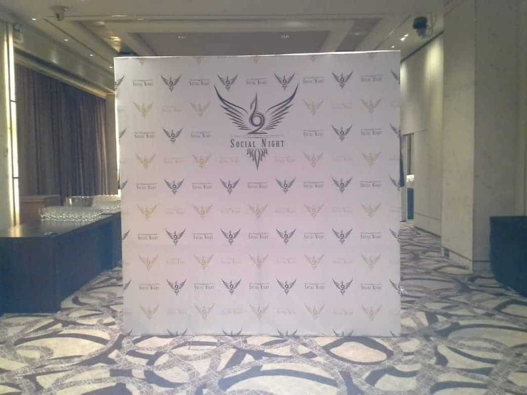8 x 8ft step and repeat photo booth