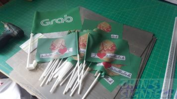 30 pcs A5 size hand waving flags
