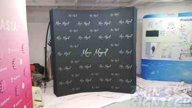 2.25 x 2.25m Curve Fabric Pop Up display
