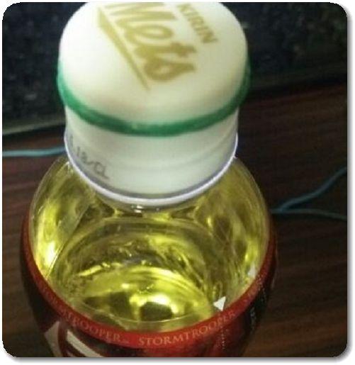 ペットボトルのフタ 輪ゴム