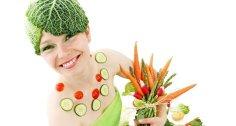 العلماء: نظام غذائي متوسطي يحسن وظائف الدماغ